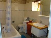 Bathroom, 1st floor, barn